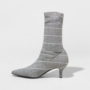 NWOT A New Day plaid booties with kitten heel